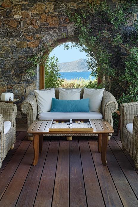 Cretan glamour at Elounda Peninsula