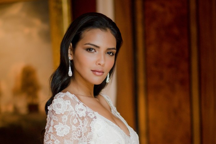 Join Caroline Castigliano in Knightsbridge for a star-studded bridal shopping event