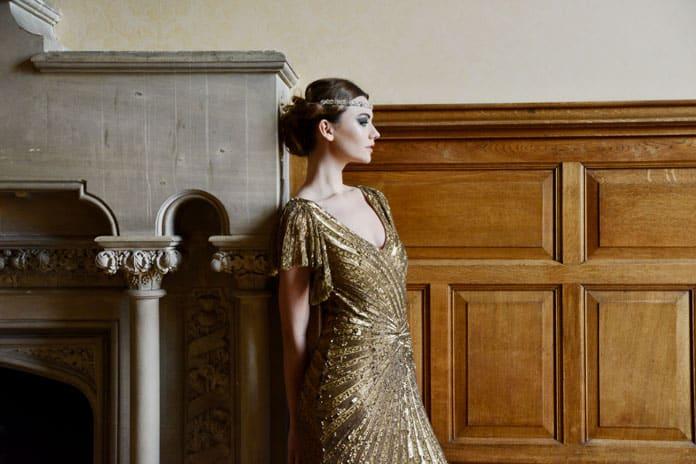 Glittering elegance for a Deco-style winter bride