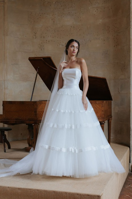 Bridal trend: Ballgown drama