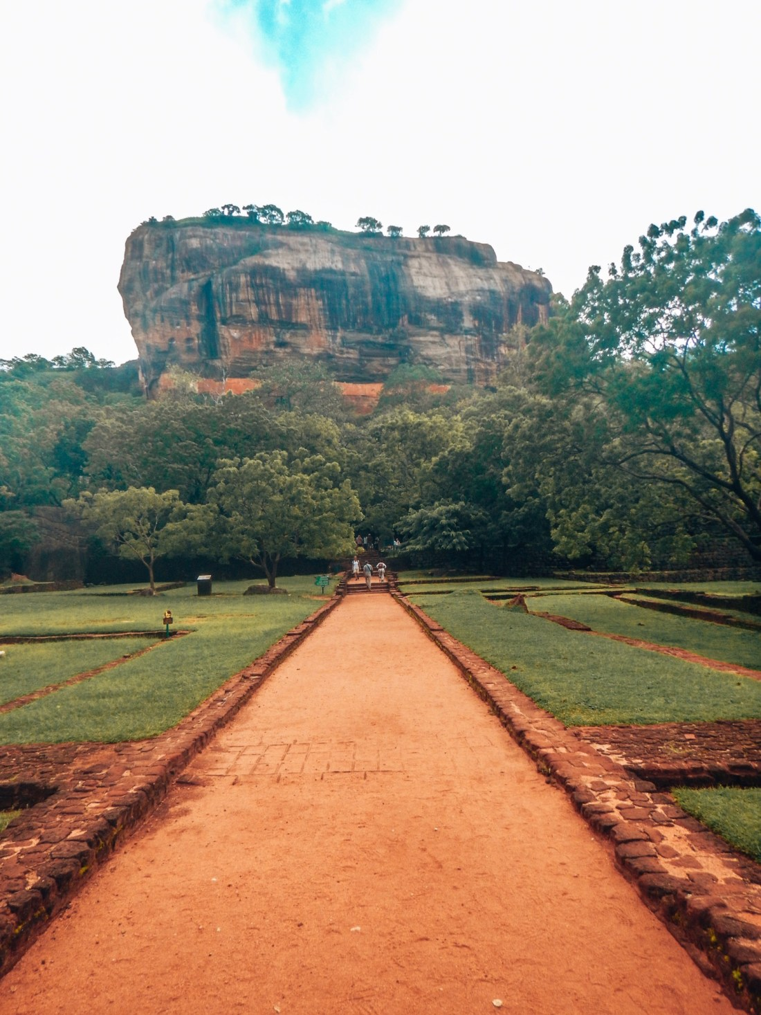 sigiriya rock unesco, cultural triangle sri lanka