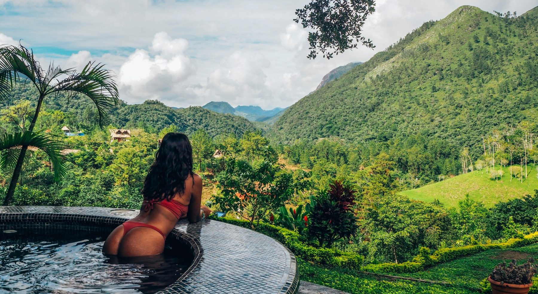 Hot tub overlooking the jungle, Semuc Champey, Guatemala