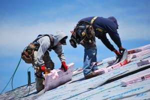 Depositphotos_25959231_s-Two-Roofers-Wearing-Harness-300x200