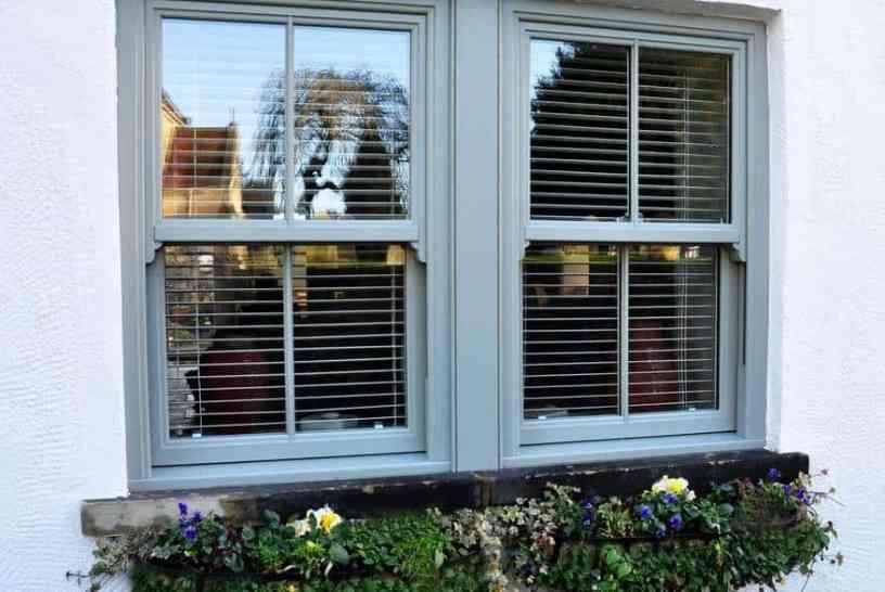 evolve_vs_chartwell_green_sprayed_external_double_window__bob_taylor__01_web