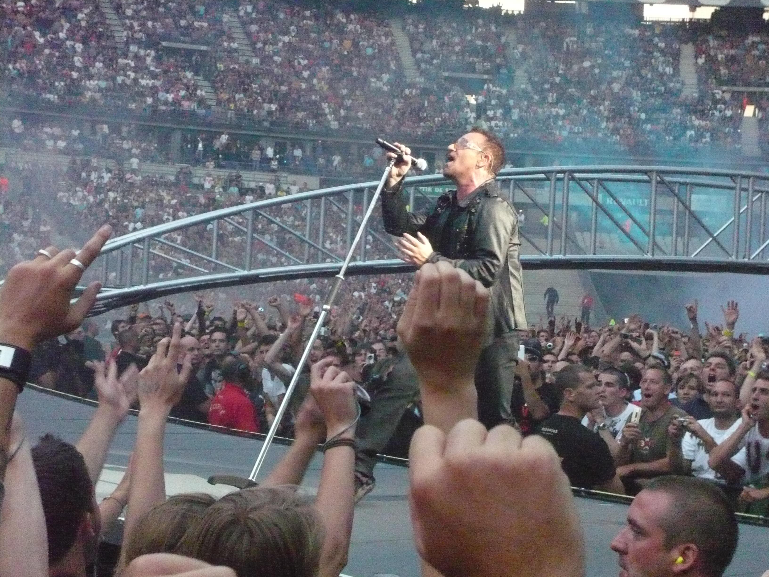 Bono sur Magnificent