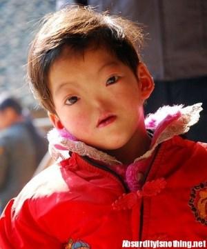 Yang Guiqing - La bimba folletto