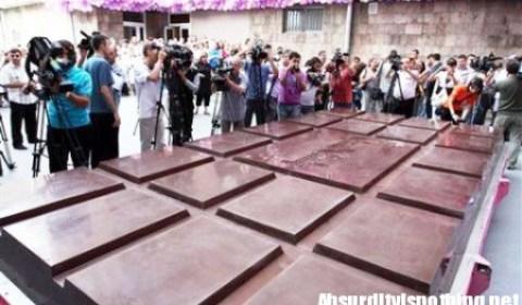 La barra di cioccolato più grande del mondo
