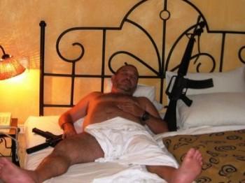 pistola a letto