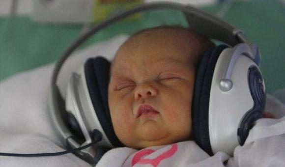 Mozart in cuffia per i neonati