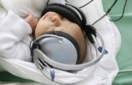 Mozart in cuffia per i neonati (3)