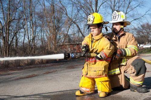 Vince Brasco, il pompiere più basso del mondo