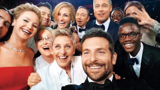 Risultati immagini per selfie ellen