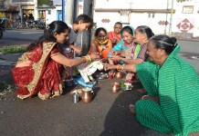 bollywood-today-cow-mothers-and-calf-worshipers