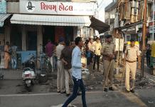 three-rounds-firing-on-a-hotel-operator-in-surendranagar