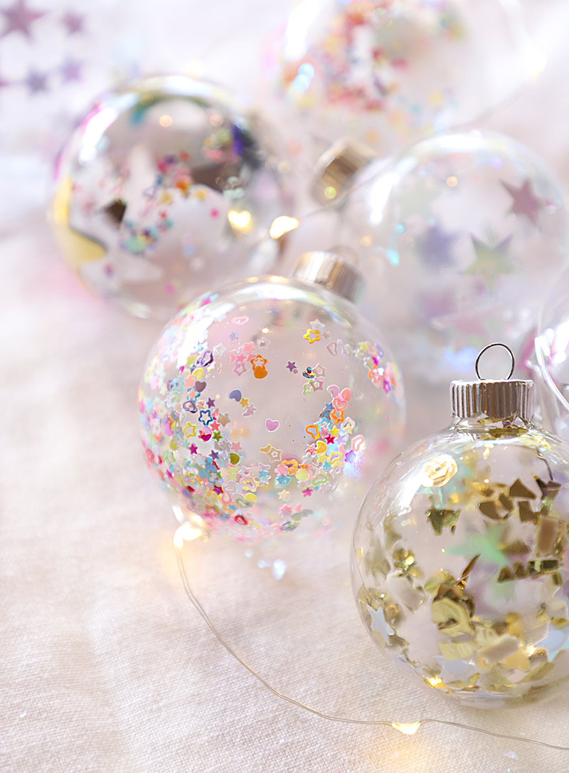 star confetti ornaments