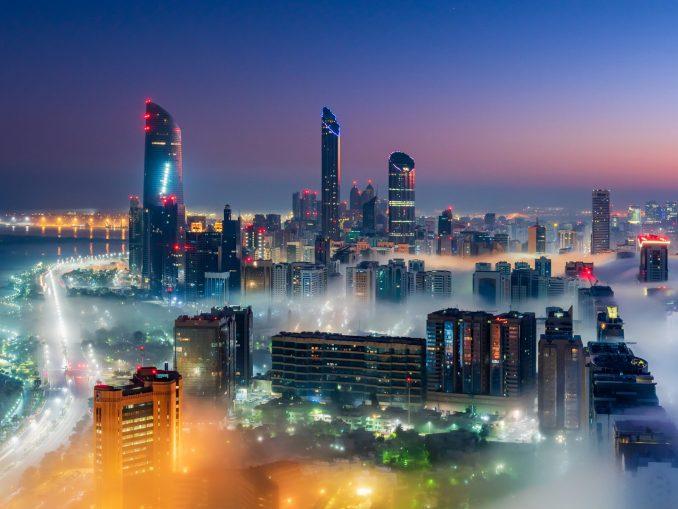 Abu Dhabi Foggy Blue Hour 1 1 e1613327568398