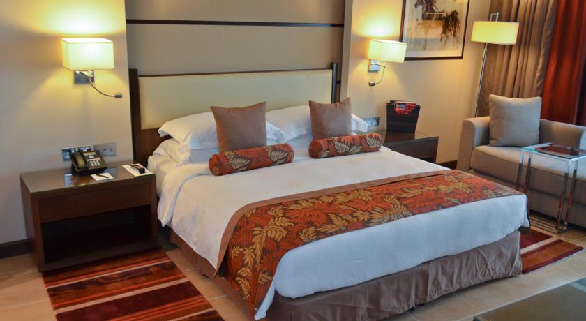 Khalidiya Palace Rotana Hotel 3