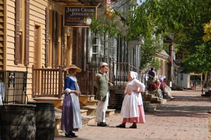 A street scene in Colonial Williamsburg