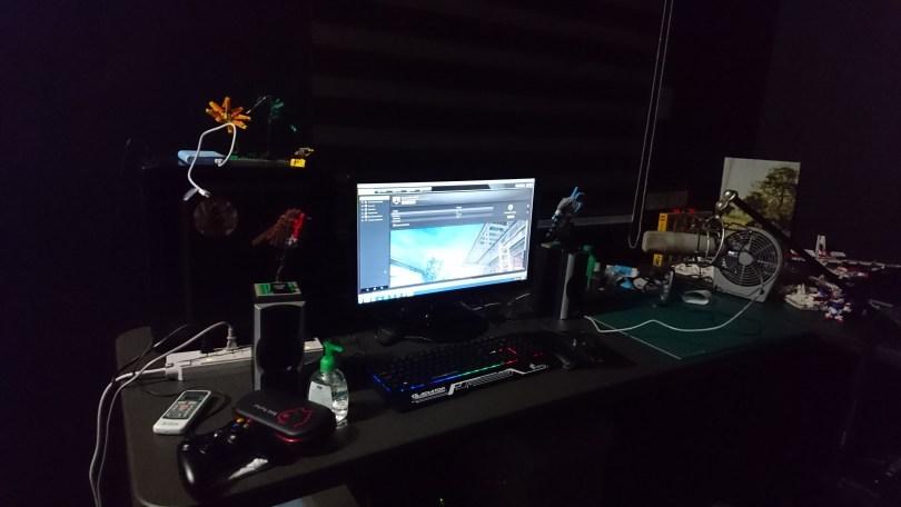 jayvee desktop setup