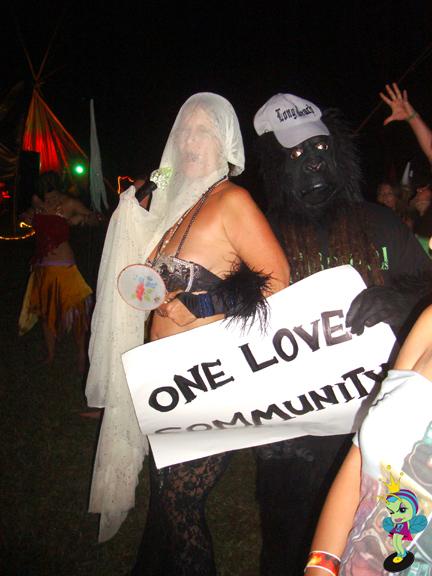 more crazy Hippies & the Long Beach Gorilla