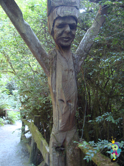 some guy carved this with a redwood with a chainsaw