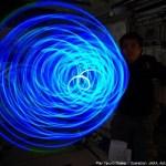رائد فضاء ياباني يبدع بصور بتقنية الرسم بالضوء