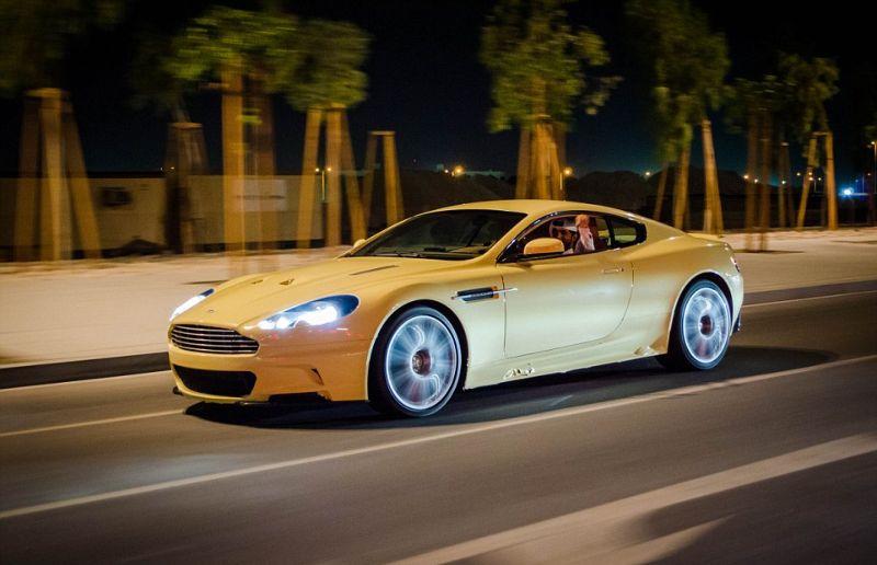سيارات قطر السوبر الرياضية الفاخرة