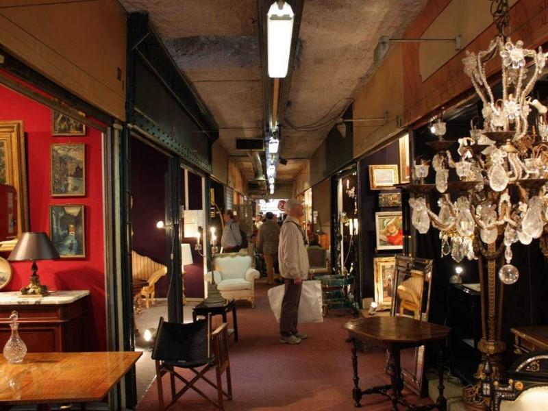 """سوق """"ليه بوسيس دي سان اوين"""" في باريس"""