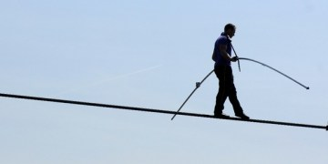 walking on tightrope