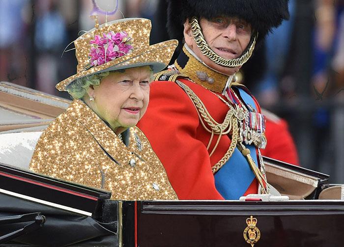 طقطة على ملكة انجلترا
