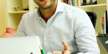 حسين مكية