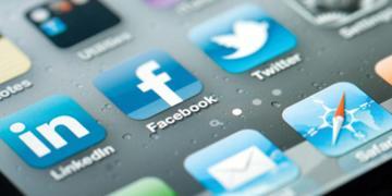social media sites blue