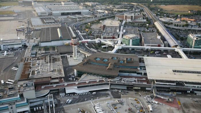 مطار ليوناردو دافنشي