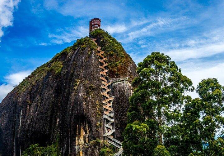 درج El Peñol Stone
