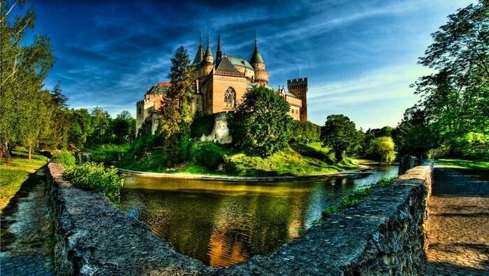 قلعة بوجنيس