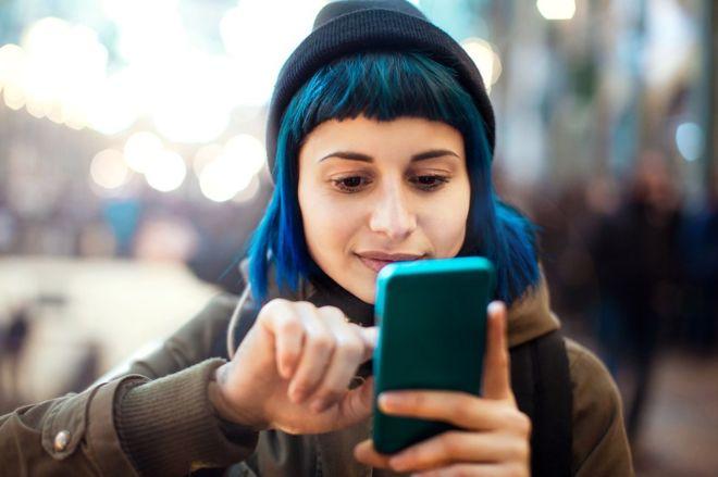 لماذا الأخبار الزائفة تنتشر أسرع من الحقيقية على الانترنت؟