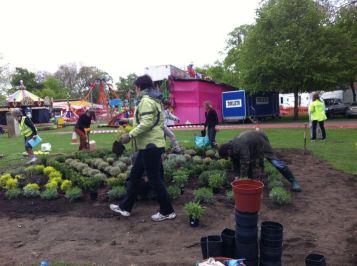 Abundance London preparing knot garden