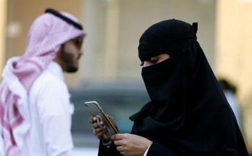 السعودية ترفع الحظر عن واتسآب وسكايب وسناب شات وتطبيقات التواصل الأخرى
