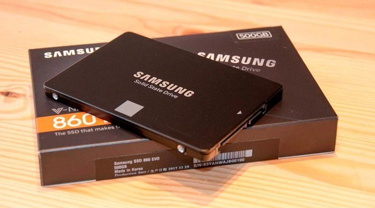 قرص تخزين سامسونج SATA SSD 860 Evo