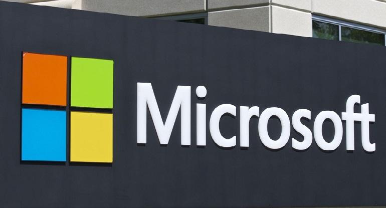 مايكروسوفت قريباً أول شركة تصل قيمتها إلى ترليون دولار