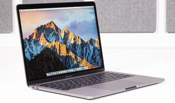 MacBook Pro بحجم 13 إنش