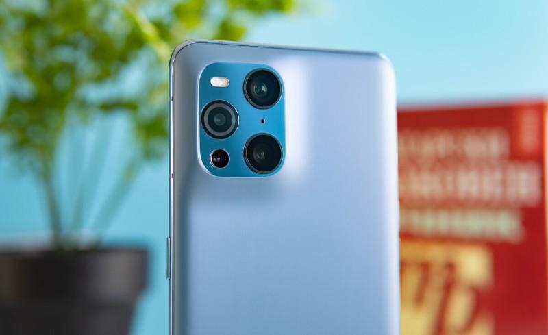 مقارنة بين هاتفي أوبو Find X3 Pro وFind X2 Pro