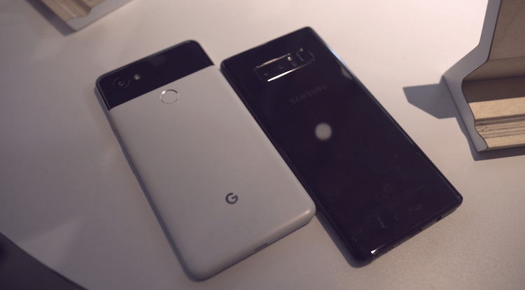 Pixel 2 XL and Galaxy Note 8 Comparison