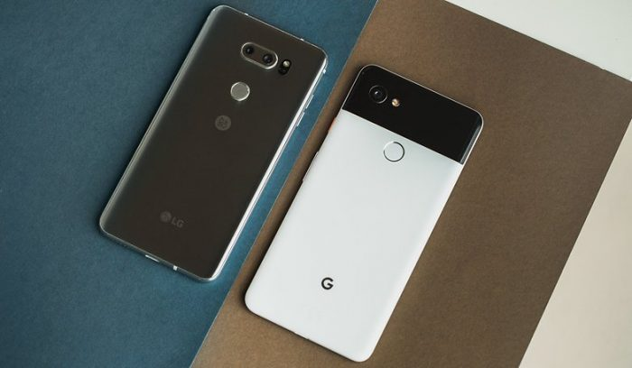 Pixel 2 XL vs LG V30 - Design