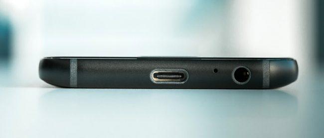 Samsung Galaxy A3 2017 USB Type-C