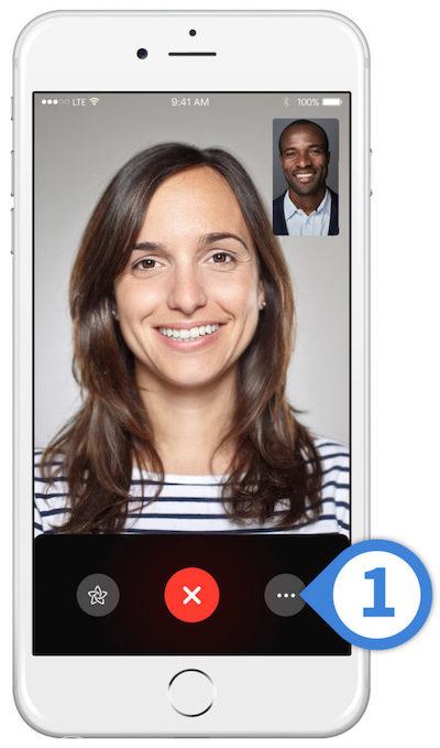 الانتقال بين الكاميرا الأمامية والخلفية في FaceTime