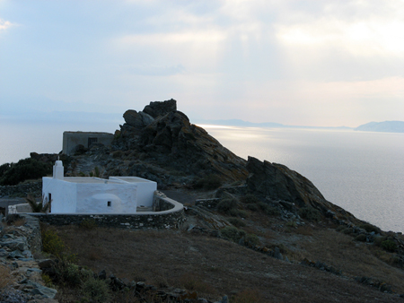 folegandros, end of the road to the north