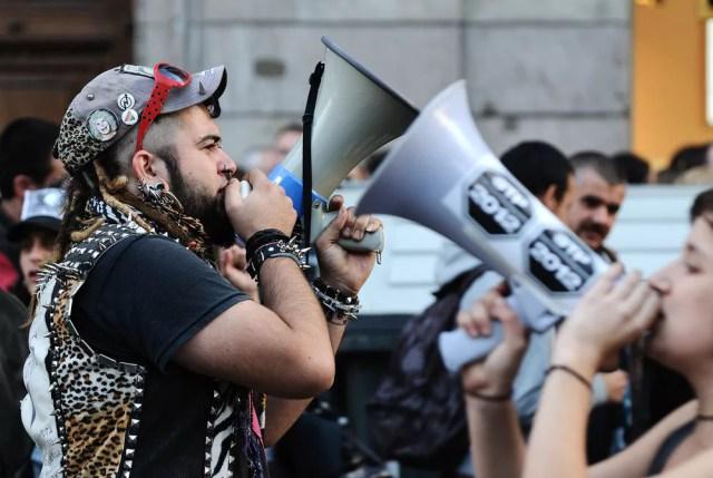 Manifestación de lucha transgénero, transexual e intersexual en la calle Pelai, cerca de Plaza Catalunya el 17 de octubre de 2009 en Barcelona, España.