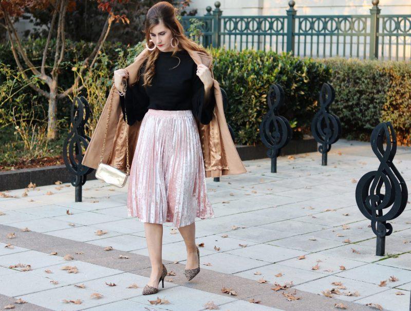 pink velvet skirt and black | black and pink | ruffles and velvet | velvet midi |how to style a velvet midi | New Years eve outfits