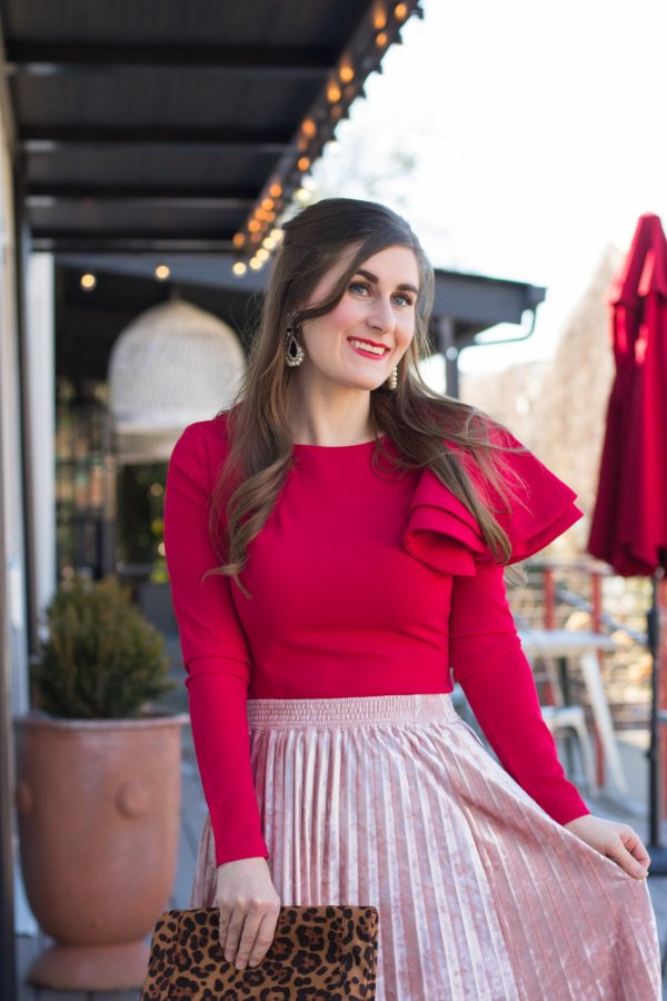 Color-Blocking For Valentine's Day | Zip Back Ruffle One Sleeve Tee | Pink and red outfit | Valentine's looks | Valentine's Day outfit | red and pink outfit ideas | blush and red outfit | Shein Zip Back Ruffle One Sleeve Tee | red and pink outfit color combos